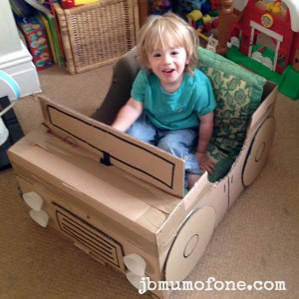 kids-cardboard-box-activities-woohome-19
